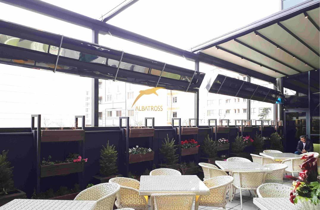 سقف متحرک رستوران هل