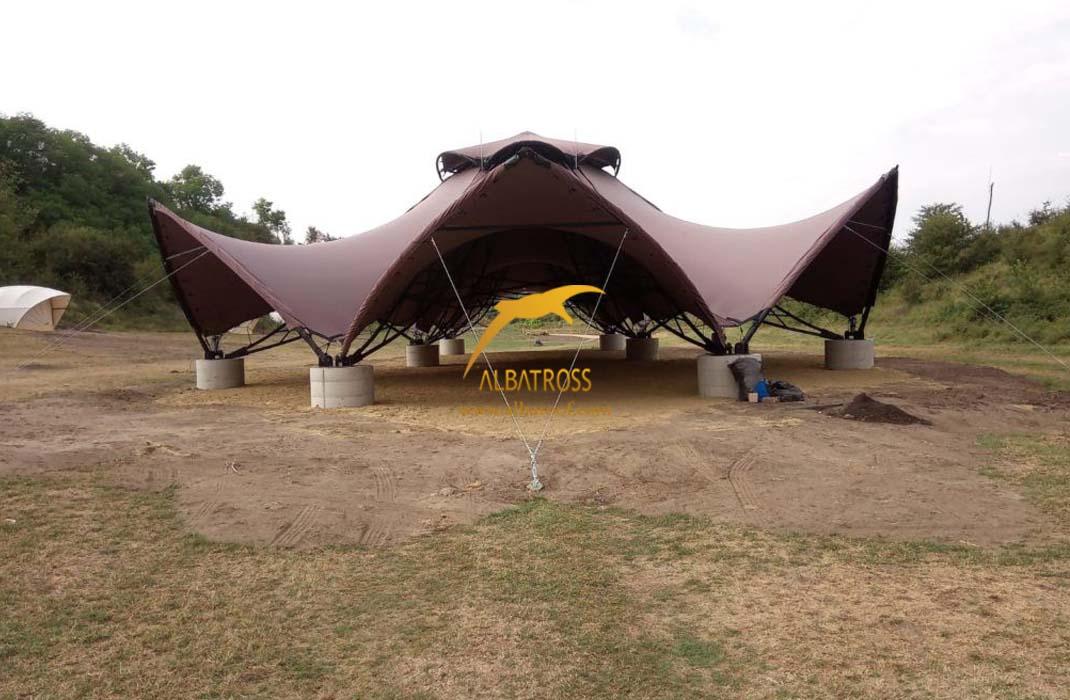 سازه های چادری کششی