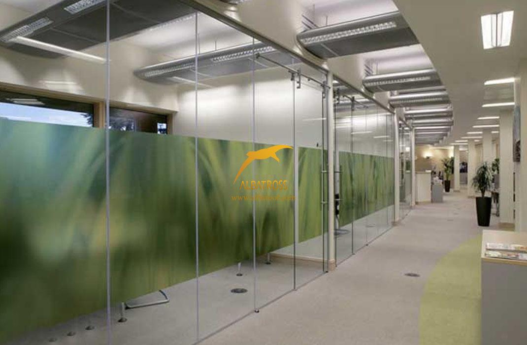 مزایای دیوار شیشه ای آلباروف
