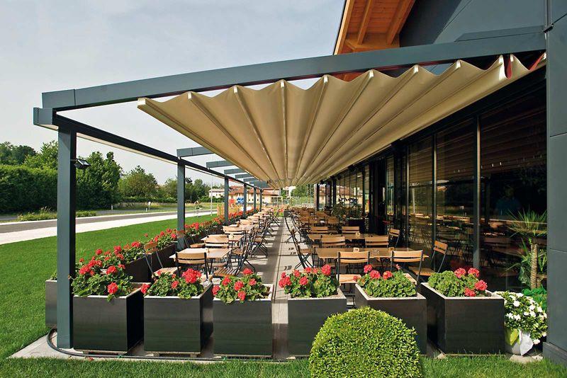 restaurant-retractable-roof