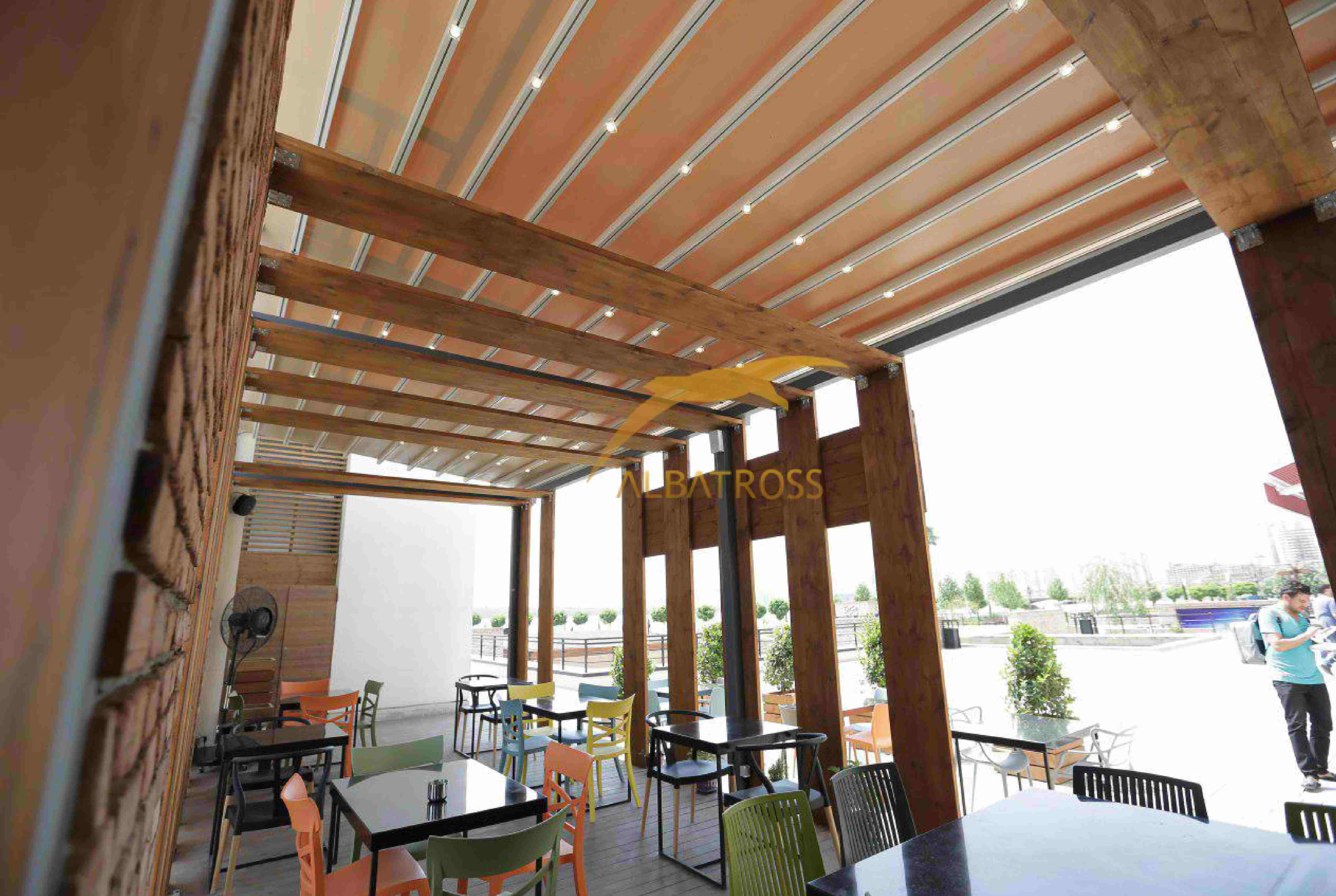 پروژه سقف متحرک دریاچه چیتگر