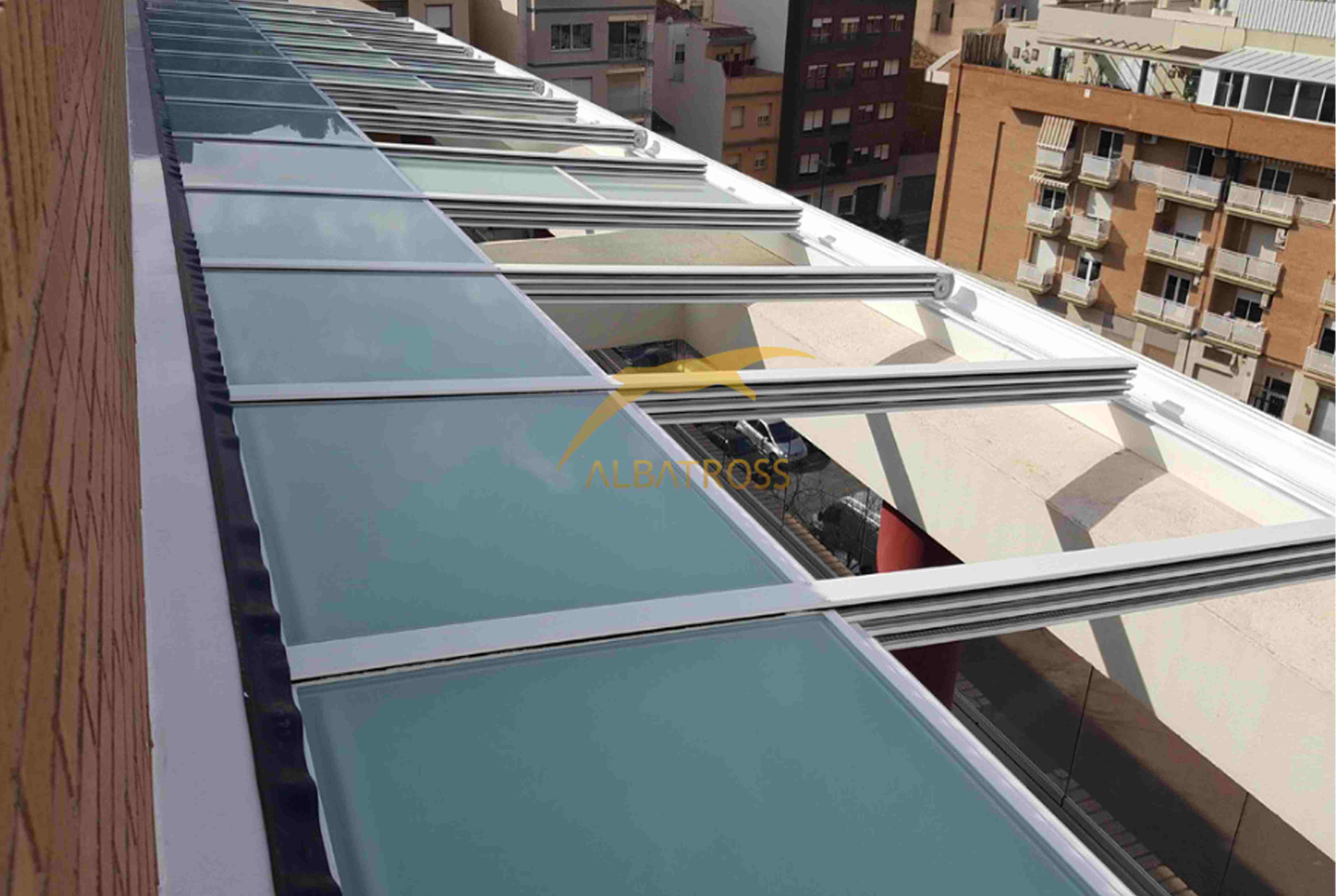 پروژه سقف متحرک شیشه ای مسکونی ولنجک